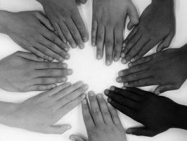 Über Ursachen von Rassismus